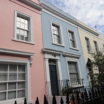 Rainbow Colour Houses in Notting Hill - being30.com