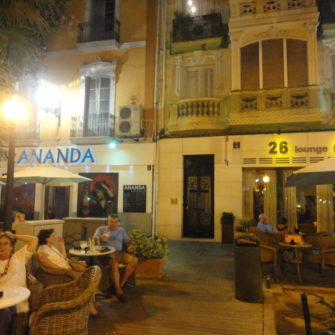 26 Lounge Bar - Going Out in Alicante - being30.com