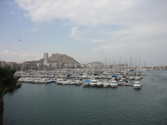 Alicante's Port - Going out in Alicante - being30.com