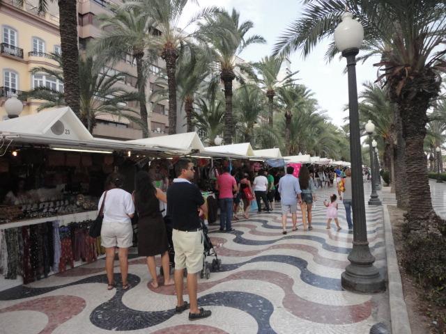 Shopping Along Esplana Espana - being30.com