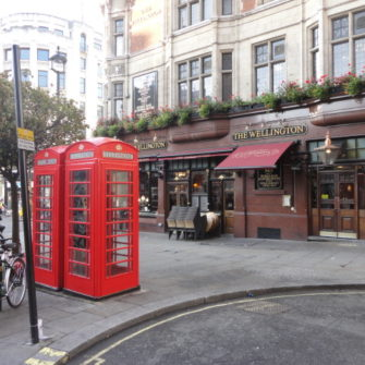 The Wellington - Dinner and Drinks in London - being30.com