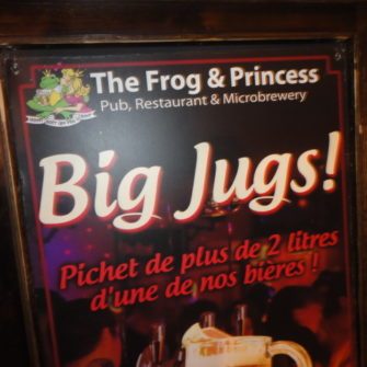 Paris on a budget - British pubs - being30.com