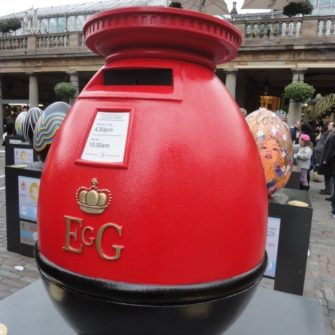 Postbox egg - Easter in London - being30.com