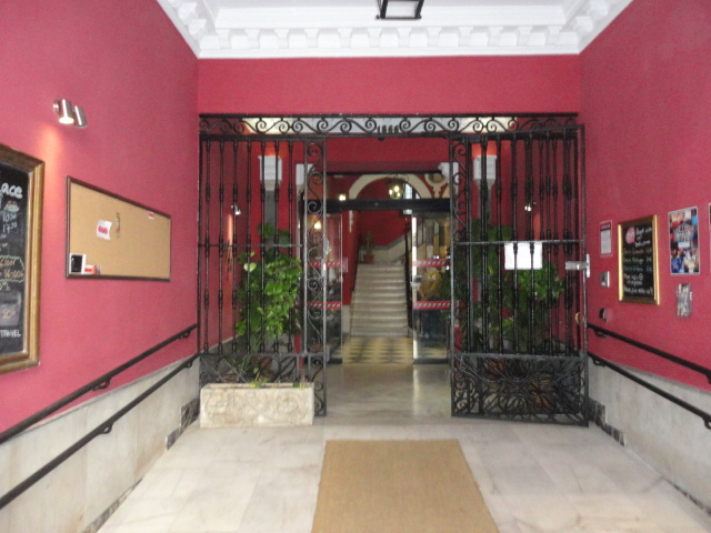 Oasis Backpackers Palace   Accommodation in Seville