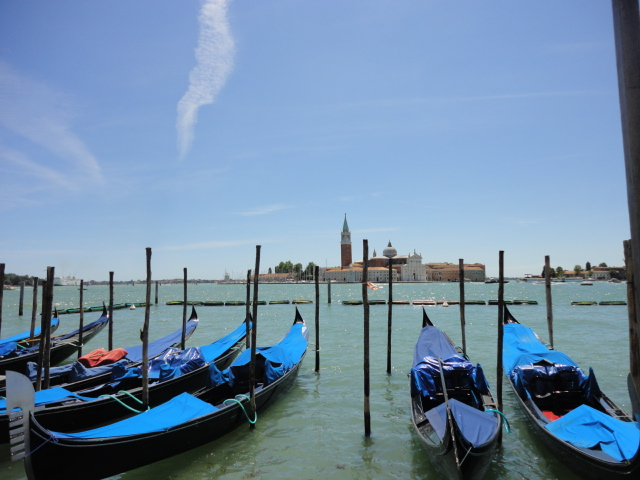 Gondolas on the Lagoon | being30.com
