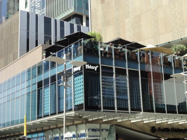 Bars in Perth – Friday Night