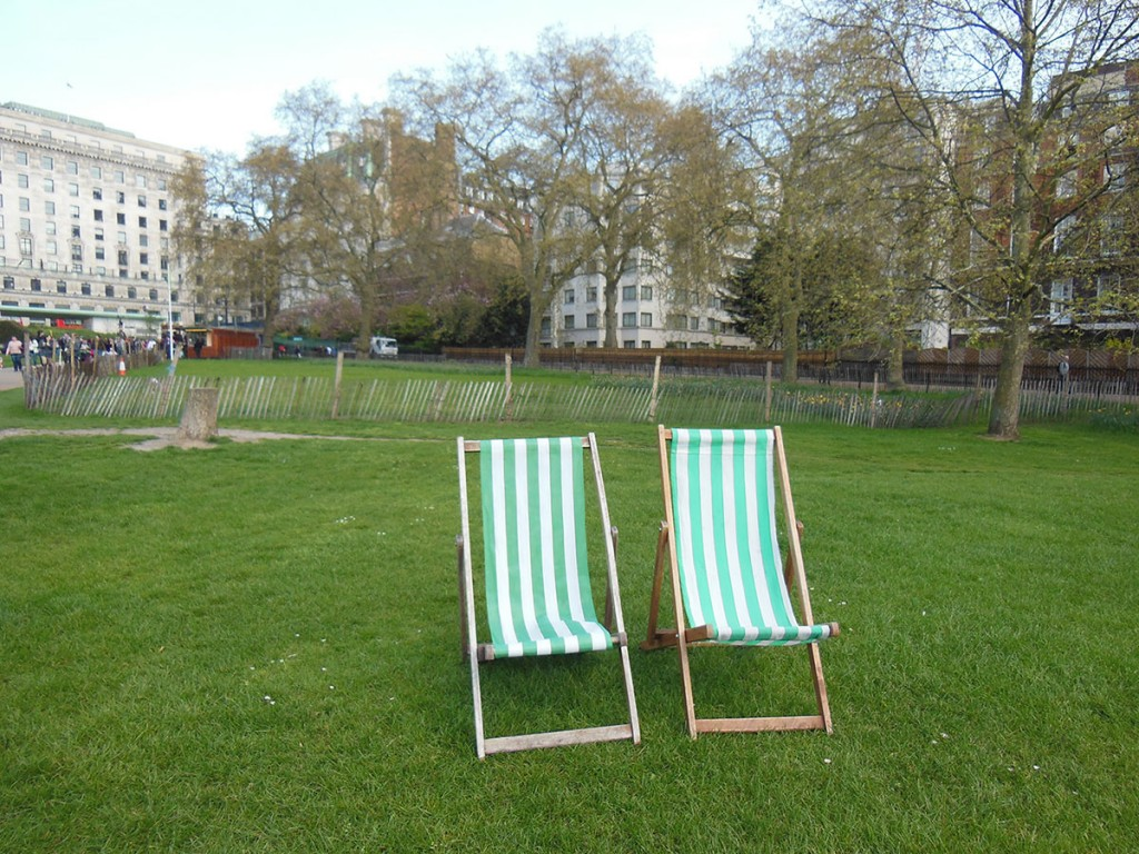 Seats in Green Park